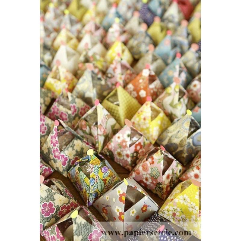 papier origami japonais feuilles liberty fleurs assorties. Black Bedroom Furniture Sets. Home Design Ideas